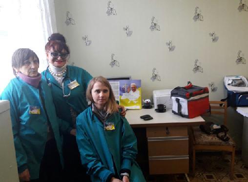 Бригада врачей в Новотроицком